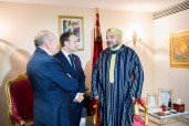 5th AU-EU Summit: HM King Mohammed VI receives in Abidjan president of the Republic of France, H.E. Emmanuel Macron