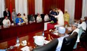 HM King Mohammed VI and president of the Federal Republic of Nigeria, H.E. Muhammadu Buhari, Chair, at the Abuja presidential palace, the ceremony to launch a strategic partnership to develop the fertilizer industry in Nigeria