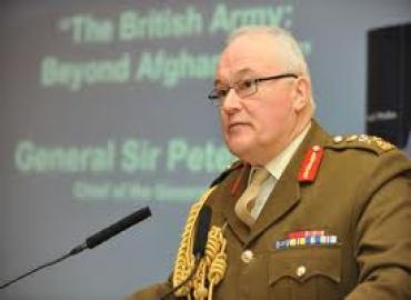 El Inspector general de las FAR recibe al Jefe de Estado mayor del Ejército de tierra británico